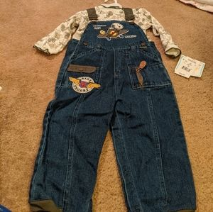 Airplane Snoopy outfit. Jean overalls